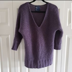 American Eagle Lilac Purple V Neck Sweater Med